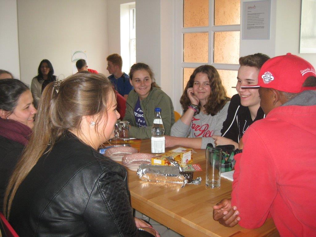 Schüler im CafeTerra 7
